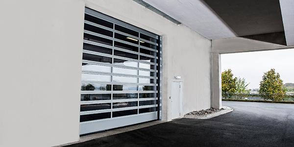 Snelloopdeuren voor binnen en buiten